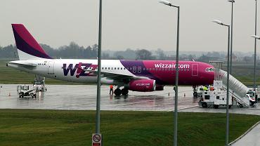 Wizz Air odwołuje wszystkie loty do Włoch