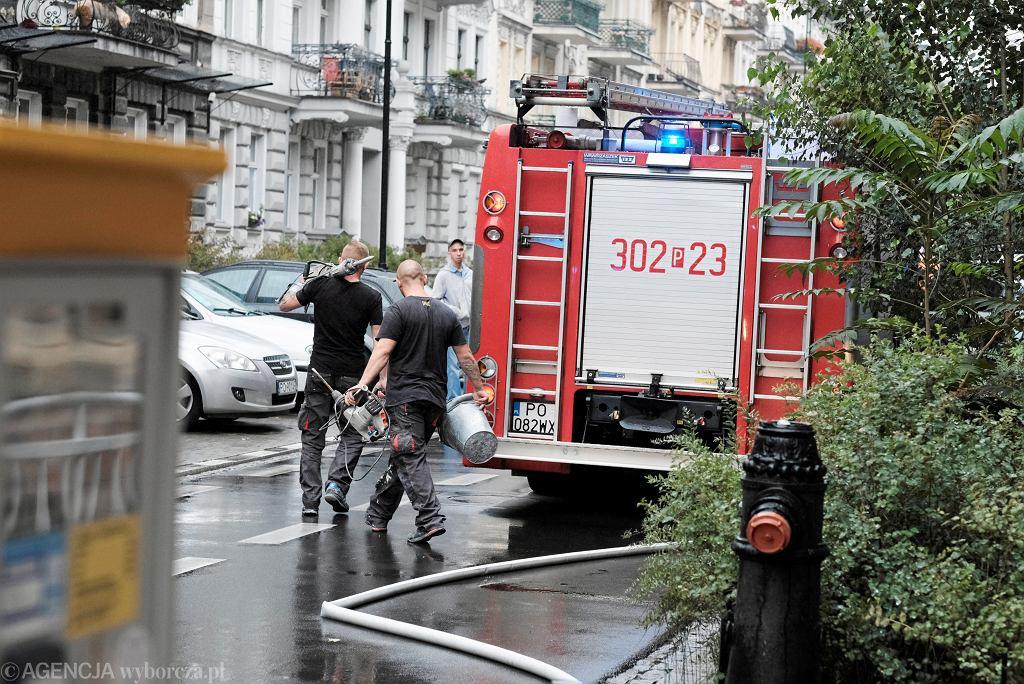 Poznań. Z kamienicy na ul. Staszica 7 ewakuowano 21 osób