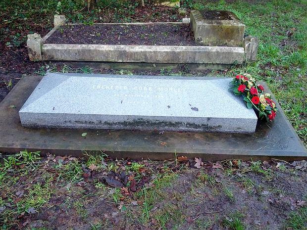 Grób Ebenezer Cobb Morley