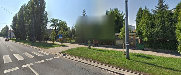 """Dom Jarosława Kaczyńskiego """"zniknął"""" z Google Street View"""