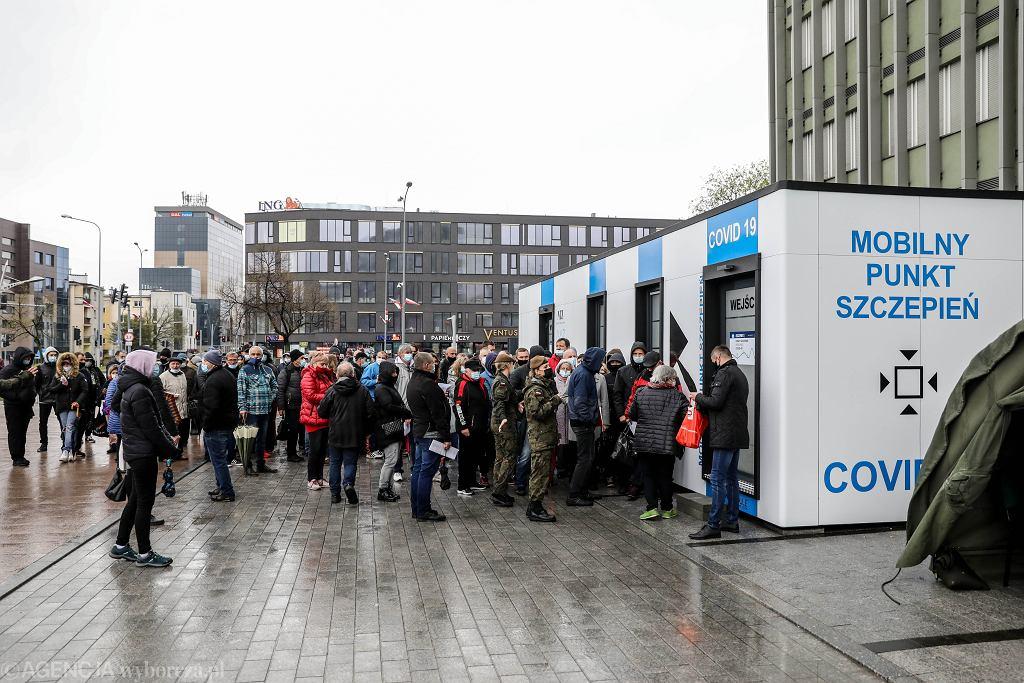 Akcja 'Zaszczep się w majówkę'. Tymczasowy punkt szczepień w Kielcach