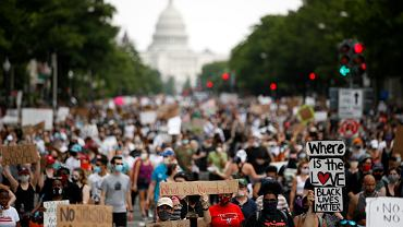 Waszyngton. 12 dzień protestów w USA przeciwko rasizmowi i brutalności policji po śmierci Georga Floyda