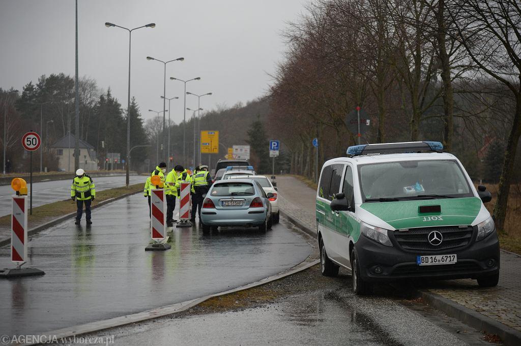 Nowe zasady podróży z Polski do Niemiec. Przejście graniczne Linken - Lubieszyn (zdjęcie ilustracyjne)