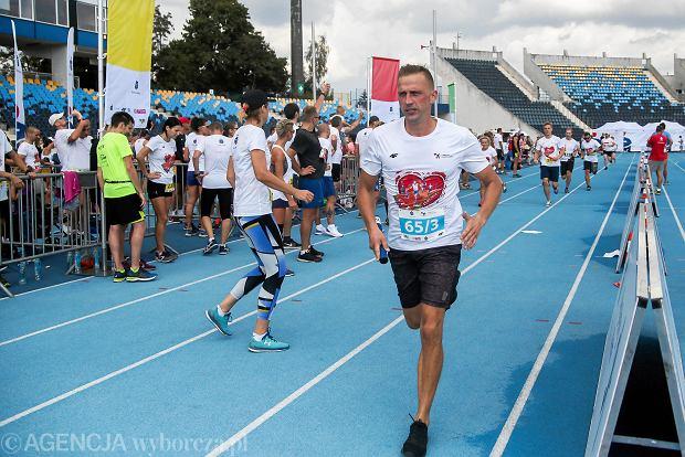 Zdjęcie numer 50 w galerii - PKO Bieg Charytatywny. Na Zawiszy pomagali biegając [ZDJĘCIA]