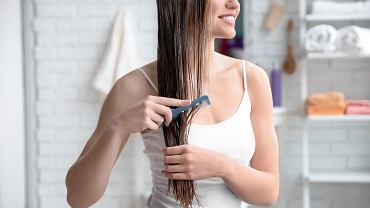 Jak często olejować włosy?