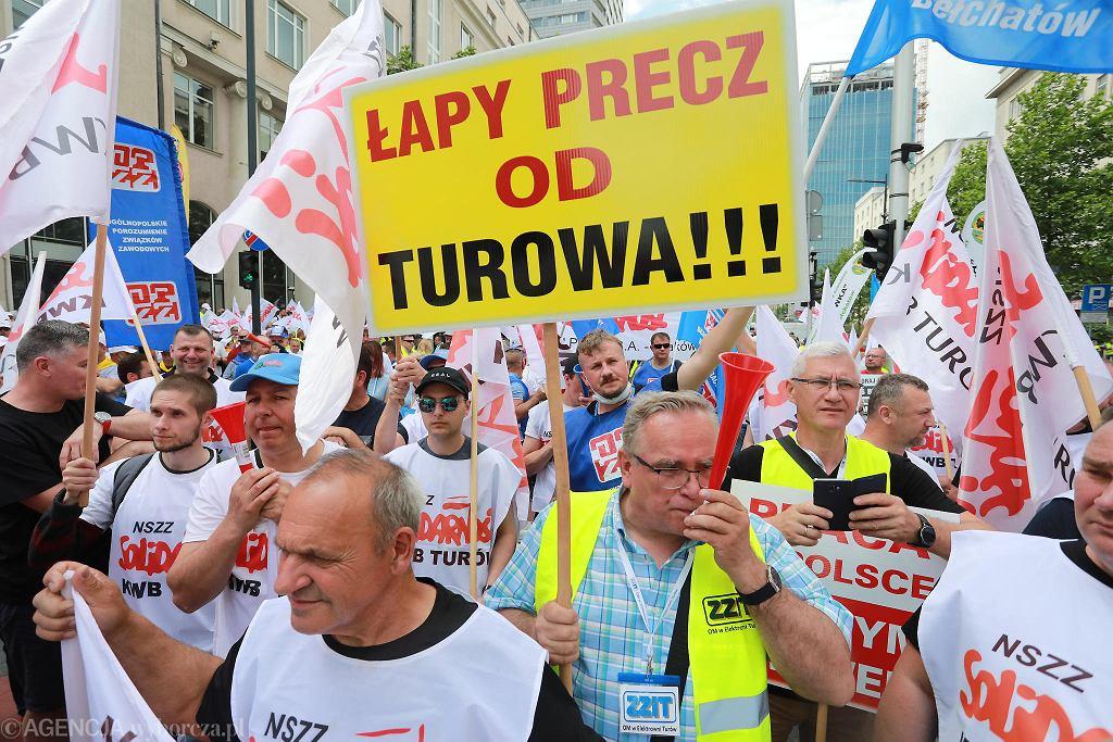 Górnicy i energetycy protestowali w Warszawie przeciwko polityce rządu PiS