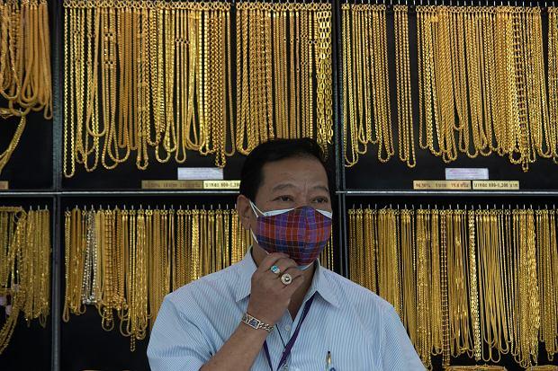 Rekordowy kurs złota może nie przynieść NBP nawet złotówki zysku
