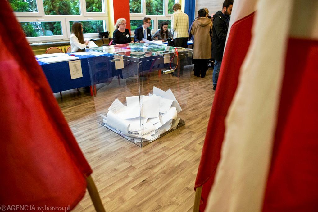 Wybory samorządowe 2018. Przezroczyste urny. Rzeszów