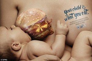 Szokująca reklama: Hamburger przeskakuje z brzucha do piersi?