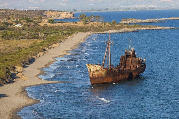Wrak statku niedaleko Githeio, Grecja