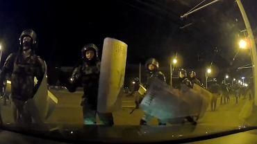 Funkcjonariusze OMON-u napadli na kierowcę
