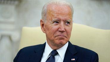 """Joe Biden odpiera zarzuty. """"Nie twierdzę, że Facebook zabija ludzi"""""""