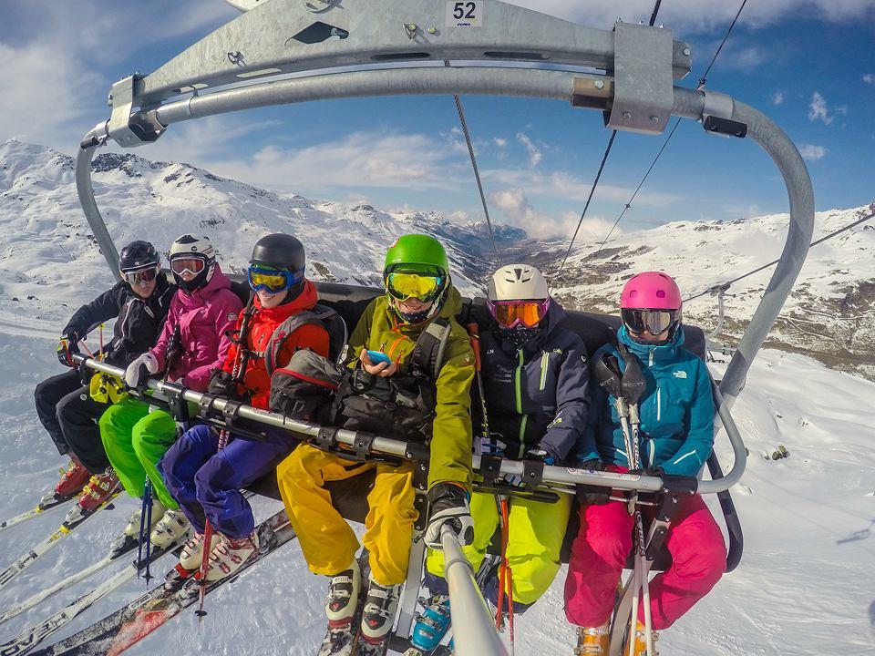 73cc275accb202 Idealne prezenty gwiazdkowe dla narciarzy i narciarek