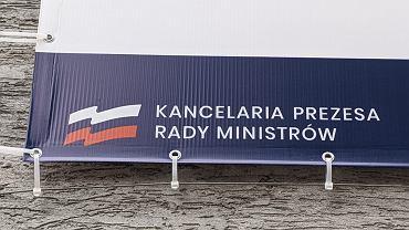 Opole. Rosyjska flaga zamiast polskiej przy punkcie szczepień