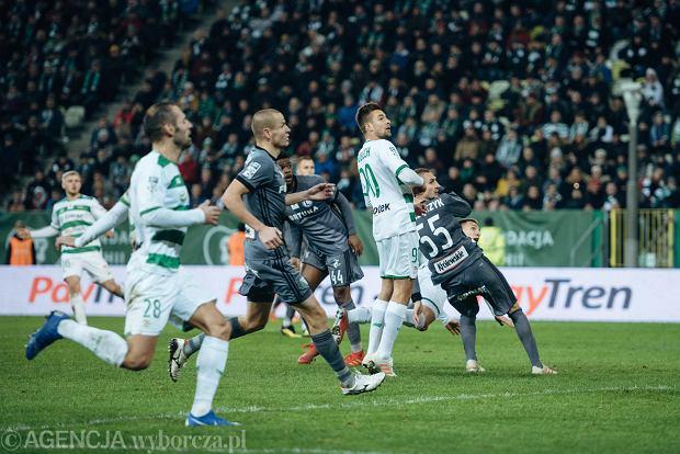 Zdjęcie numer 2 w galerii - Lechia Gdańsk - Legia Warszawa 0:0. Szamotanina o dominację