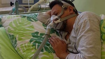 Michał Peryt zbiera na nierefundowane leczenie mukowiscydozy, chociaż ma zgodę konsultanta wojewódzkiego na RDTL.