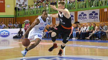Karol Gruszecki zdobył 26 punktów i Energa pokonała Rosę