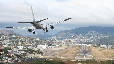Międzynarodowe Lotnisko Toncontin. Honduras / CC Wikimedia: fot. Enrique Galeano Morales