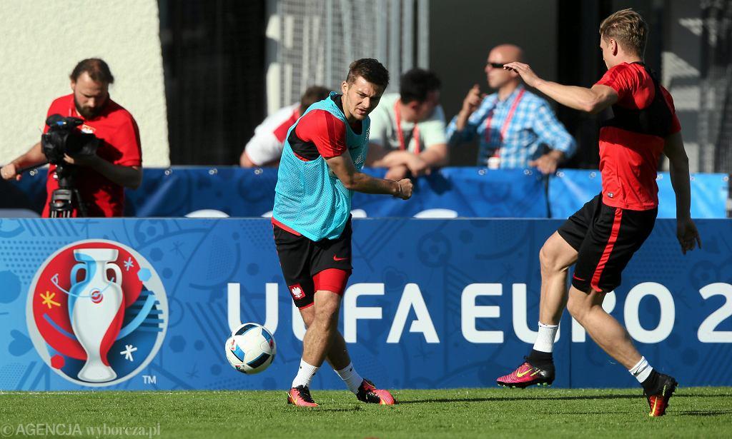 Euro 2016. Karol Linetty na treningu w La Baule