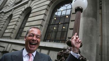 Nigel Farage, lider brytyjskiej Partii Niepodległości podczas jednego z wielu wystąpień na rzecz wyjścia Wielkiej Brytanii z Unii Europejskiej