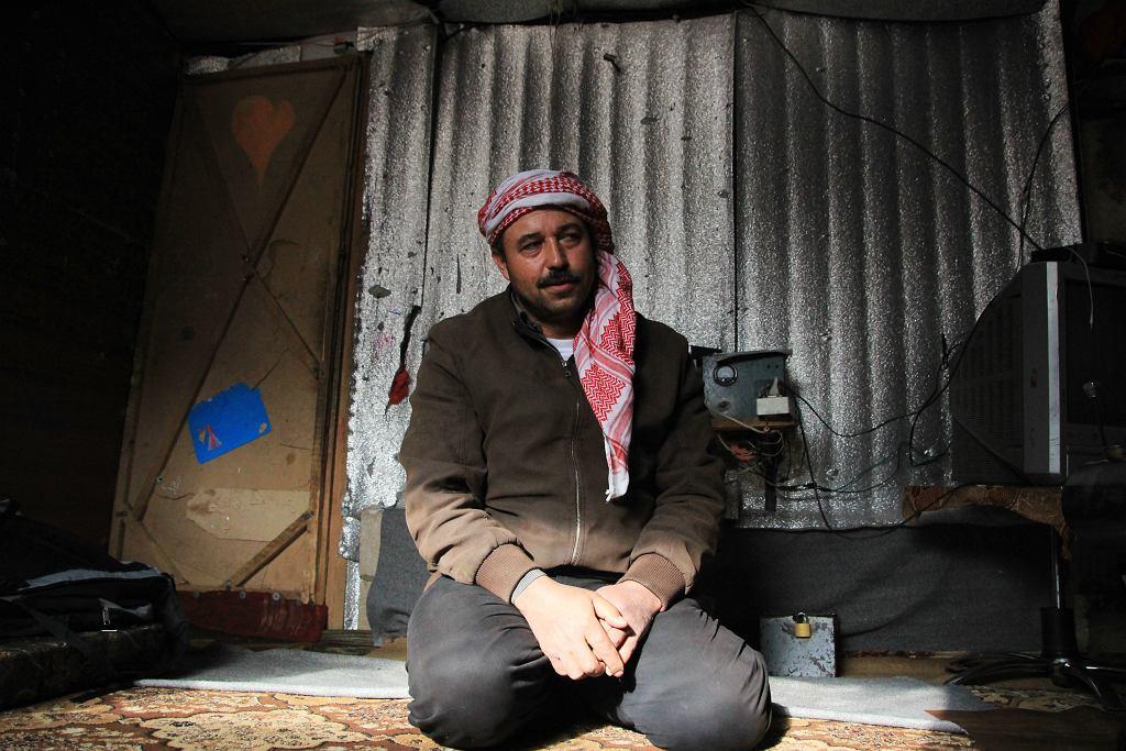 Jahja, syryjski uchodźca w obozowisku w Arsalu