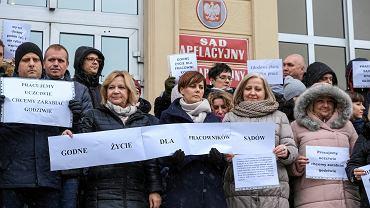 Protest pracowników administracyjnych sądu. Sąd Apelacyjny w Rzeszowie, 13 grudnia 2018
