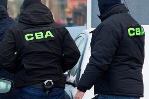 CBA zatrzymało kolejne osoby podejrzane o milionowe wyłudzenia. Poszkodowana spółka kolejowa