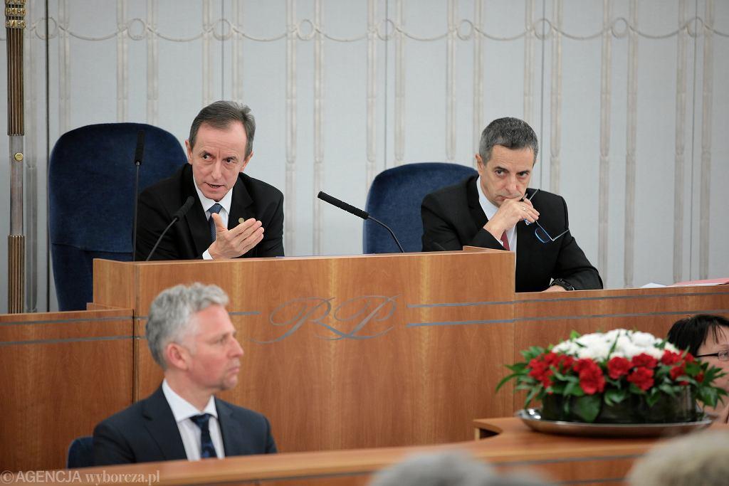 Debata w Senacie nad ustawą kagańcową