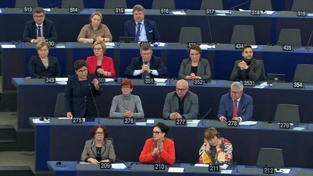 Debata w Parlamencie Europejskim o praworządności w Polsce. Przemawia Beata Szydło