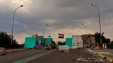 Most prowadzący do 'zielonej strefy' w Nagdadzie