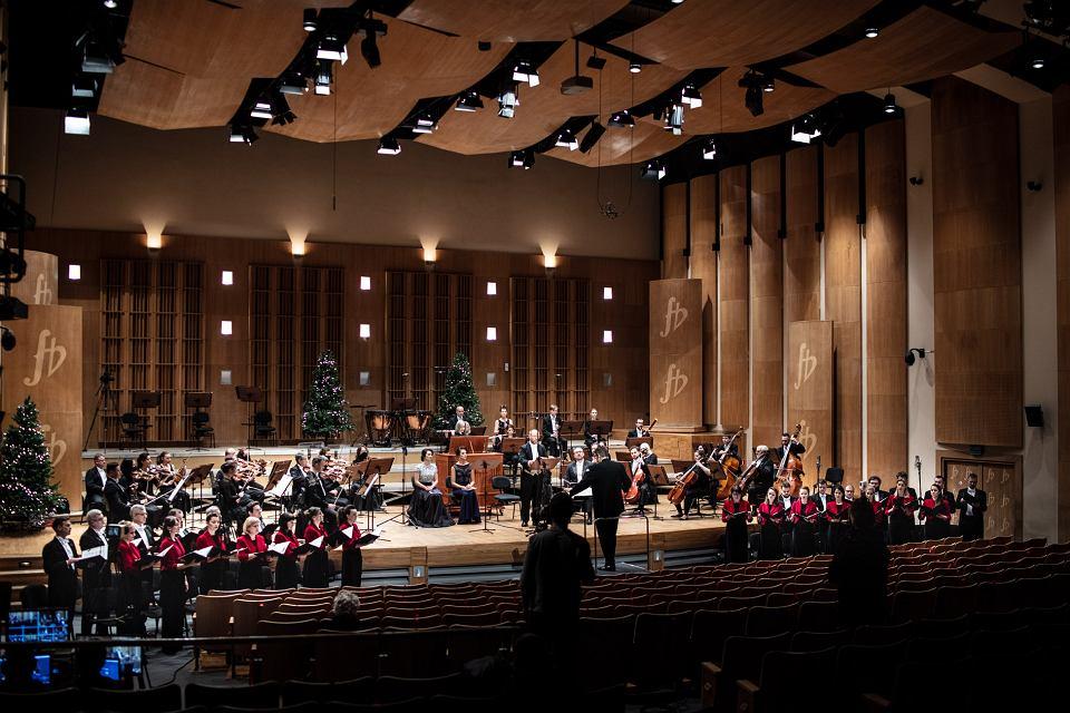 Zdjęcie numer 2 w galerii - Oratorium na Boże Narodzenie. Opera i Filharmonia Podlaska zaprasza online