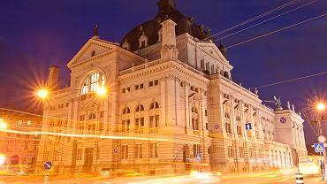 Lwów - Opera przy Wałach Hetmańskich, aleja Wolności