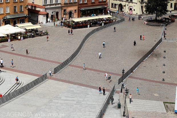 Barierki na Krakowskim Przedmieściu