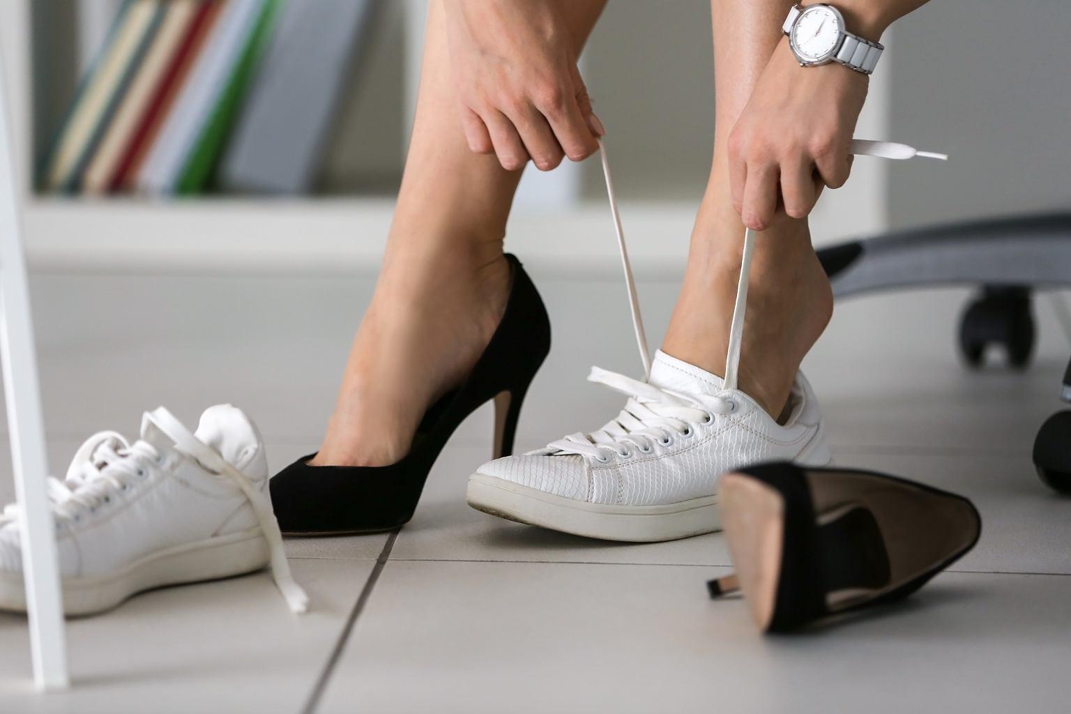 Trendy 2020: sportowe buty na wiosnę. Te modele musisz mieć