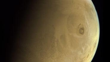 Nowe zdjęcie Marsa z sondy kosmicznej ZEA. Widać najwyższy wulkan Układu Słonecznego
