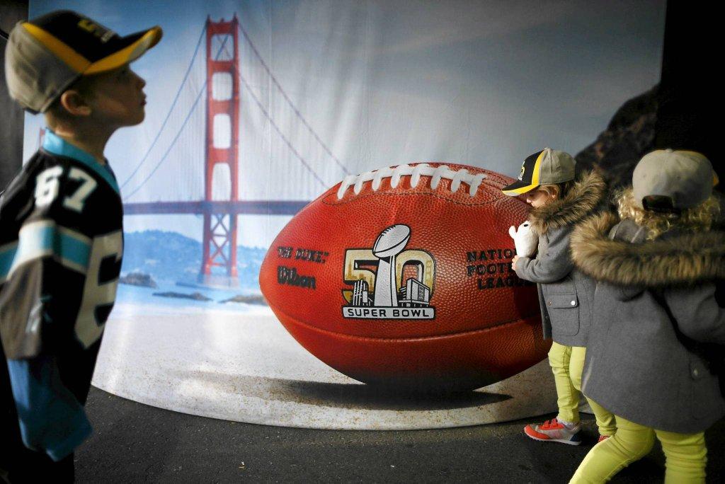 Przygotowania do 50. Super Bowl