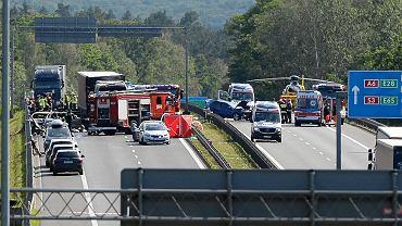 Tragiczny w skutkach karambol z udziałem siedmiu aut na  autostradzie A6 koło Szczecina