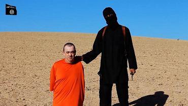 Fragment nagrania opublikowanego przez ISIS
