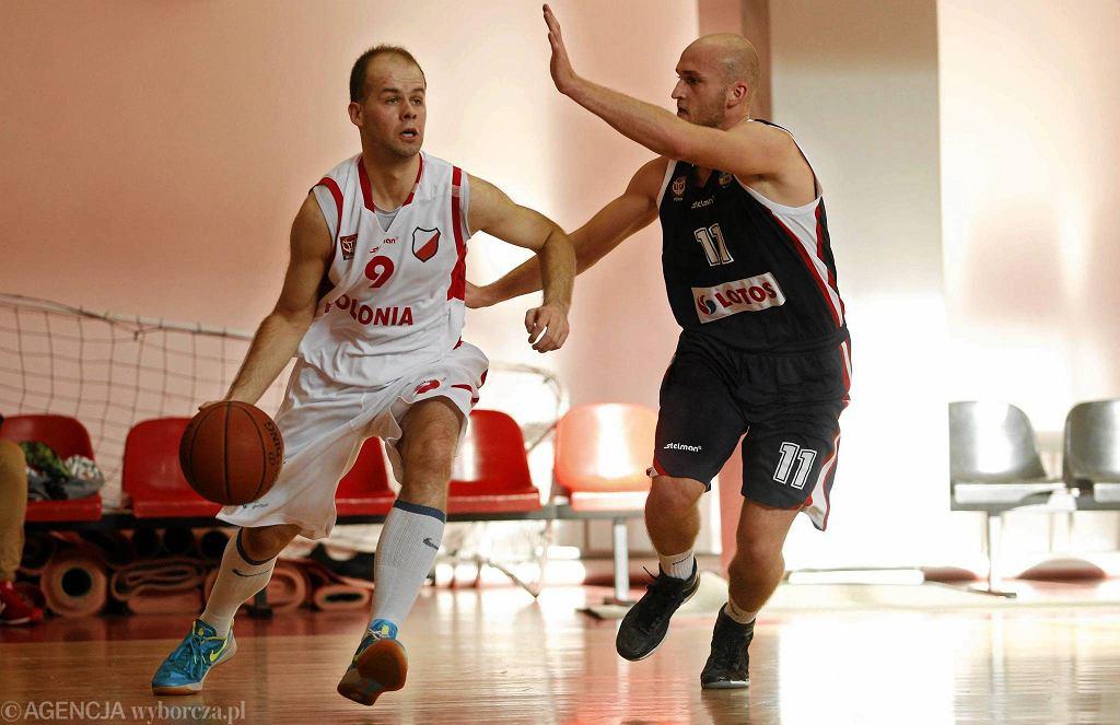 Marek Popiołek był bohaterem meczu z Basketem Junior Suchy las