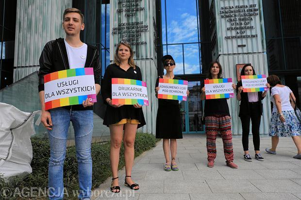 Drukarz mógł odmówić usługi organizacji LGBT. Przepis, na podstawie którego został skazany, nie jest zgodny z konstytucją