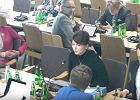 Posłanka PiS zakłada maseczkę, bo zaczyna mówić parlamentarzystka ze Śląska