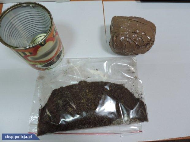 Narkotyki w puszce po fasolce