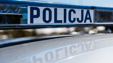 Łódzkie: Tragedia na DW 705. Nie żyje 29-letnia kobieta i jej siedmioletnia córka
