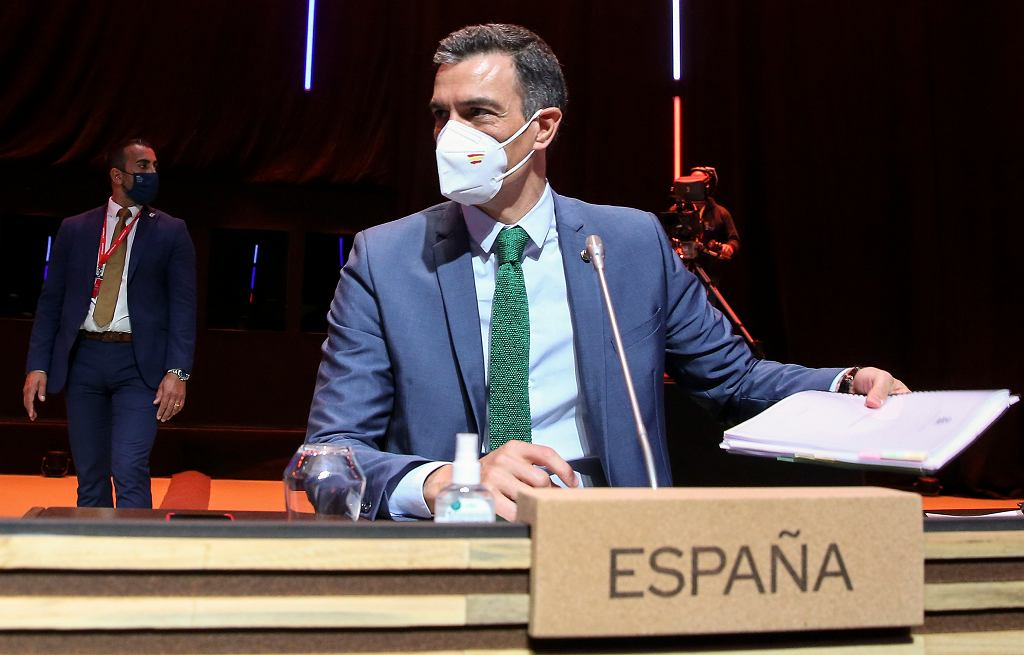 Premier Hiszpanii Pedro Sanchez w czasie szczytu UE, na którym omawiano m.in. kwestie klimatyczne.