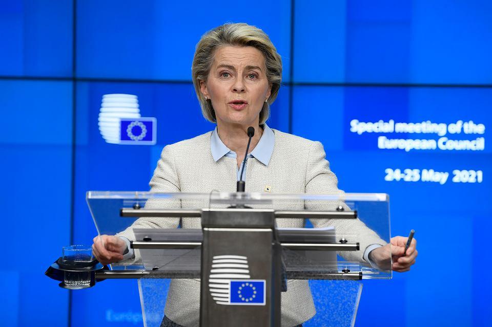 Ursula von der Leyen przypomniała też w Brukseli, że Unia ma zarezerwowane 3 mld euro na wsparcie rozwoju Białorusi, gdy kraj wejdzie na drogę demokracji.