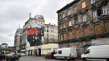Mural Marty Frej na Targowej