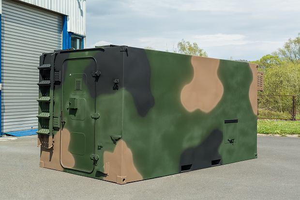 Sztandarowy produkt firmy Autosan dla wojska, kontenerowe kabiny dla elektroniki i jej obsługi