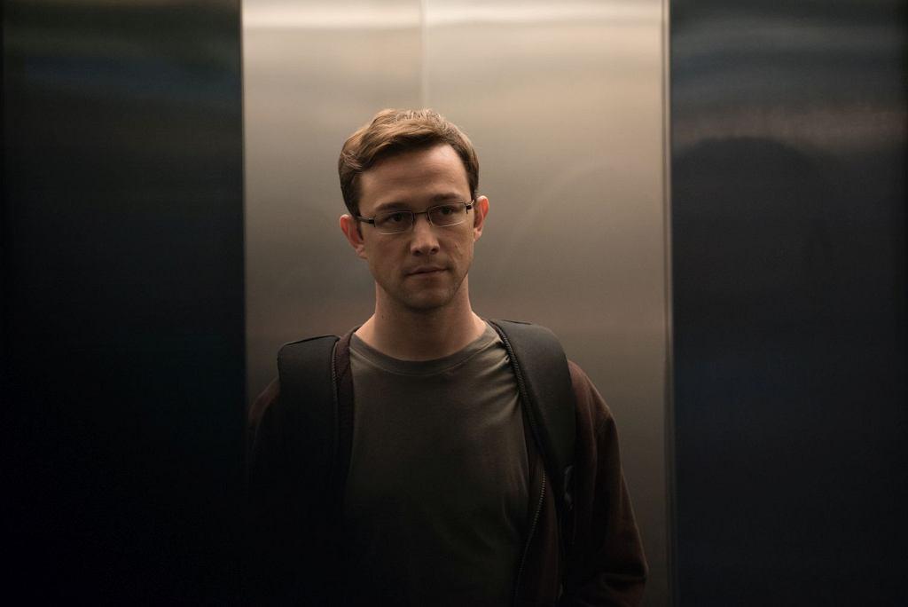 Kadr z filmu 'Snowden'
