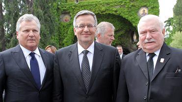 Byli prezydenci RP: Aleksander Kwaśniewski, Bronisław Komorowski i Lech Wałęsa podczas prywatnej audiencji u papieża Franciszka. Warszawa, 26 kwietnia  2014