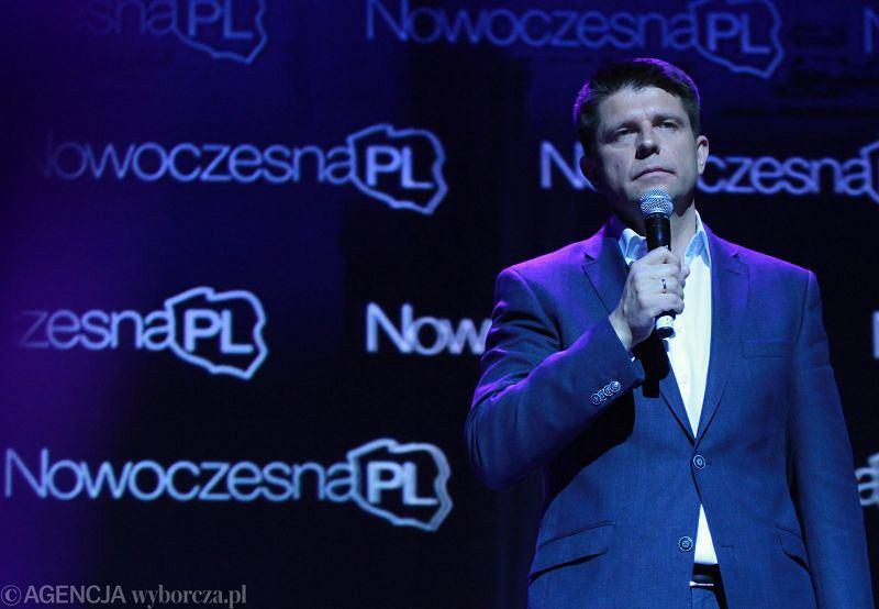 Ekonomista Ryszard Petru na kongresie założycielskim NowoczesnaPL w Warszawie